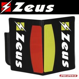 Zeus, Dommerbog med kort og scorekort